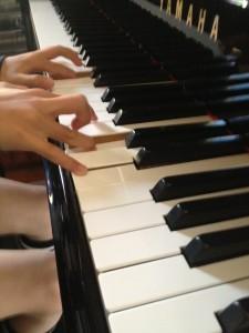 指の形~まむし指の男の子