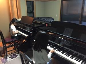 まねっこピアノ♪